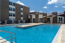 The Osceola Apartments has a large resort style pool great for swimming laps or taking a leisurely swim.